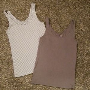 2 Old Navy Fitted Tanks